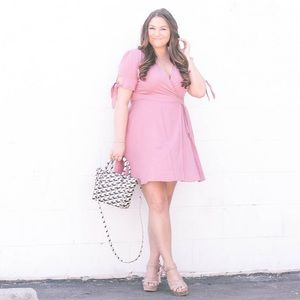 Dresses & Skirts - Pink Wrap Dress w/ bow detail!